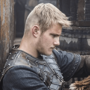 Historically-Accurate Viking Haircut – the Forward Sweep